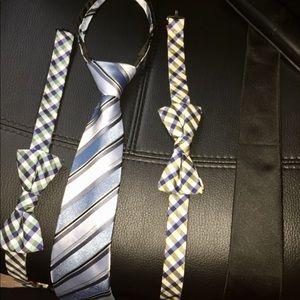 Boy's neck ware